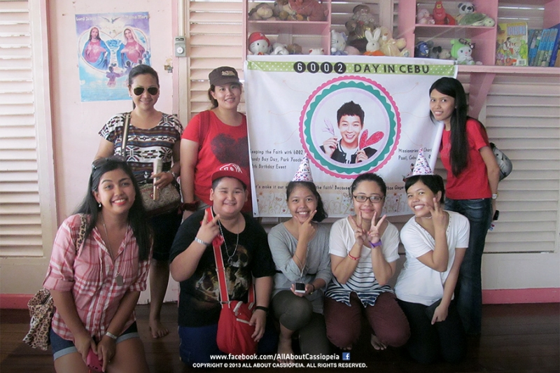 A group photo of those who volunteering Cassiopeia during the event!