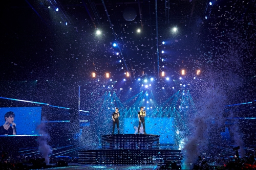 "TVXQ! performing ""I'll Be There"" in Hong Kong. Photo: S.M. Entertainment."