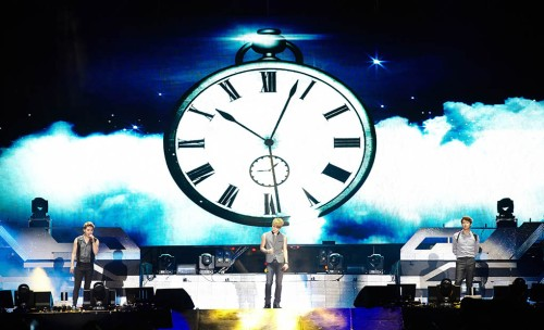 "JYJ performing ""So So"" in 2014 Gangnam Hallyu Festival. Photo: C-JeS Entertainment."