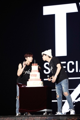 TVXQ!'s 4000th day of debut celebration in Seoul. Photo: S.M. Entertainment.