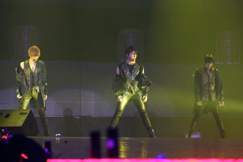 "JYJ performing ""Mission"" in San Jose. Photo: C-JeS Entertainment."